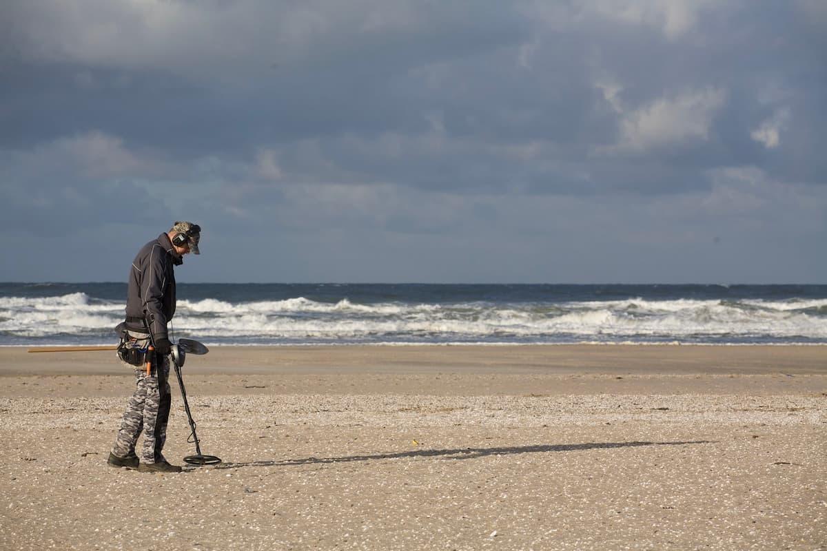 Metal Detector On A Beach 1200x800